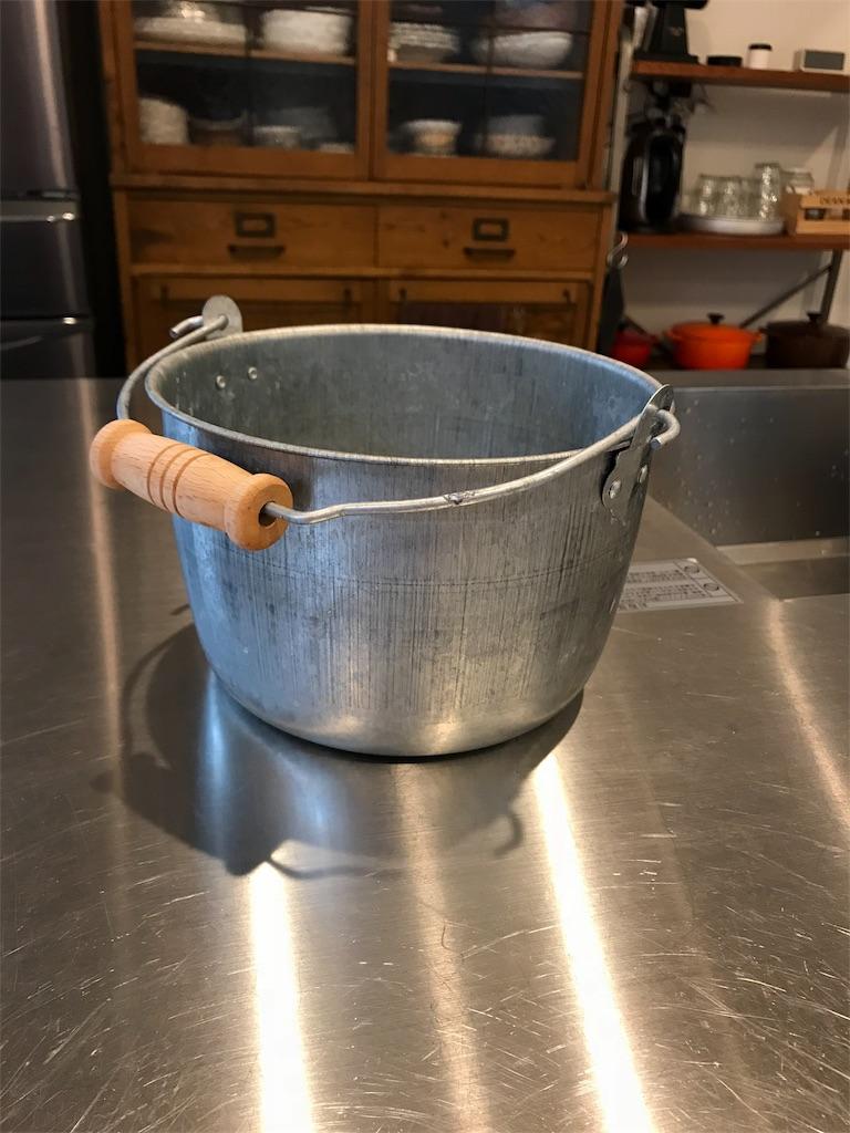 松野屋の豆バケツをキッチンの生ごみ受けに