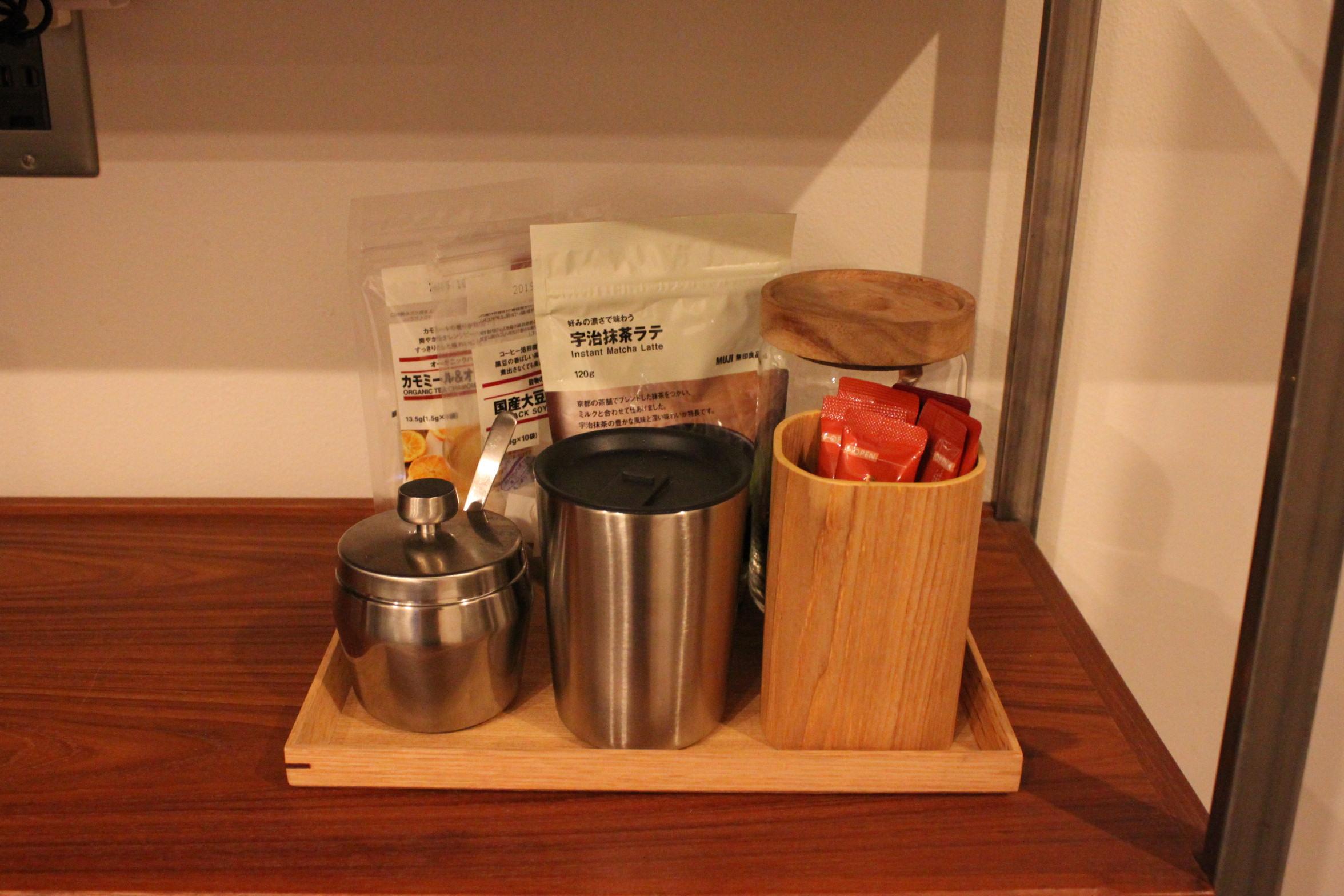 無印良品で作るミニマムなカフェコーナー。