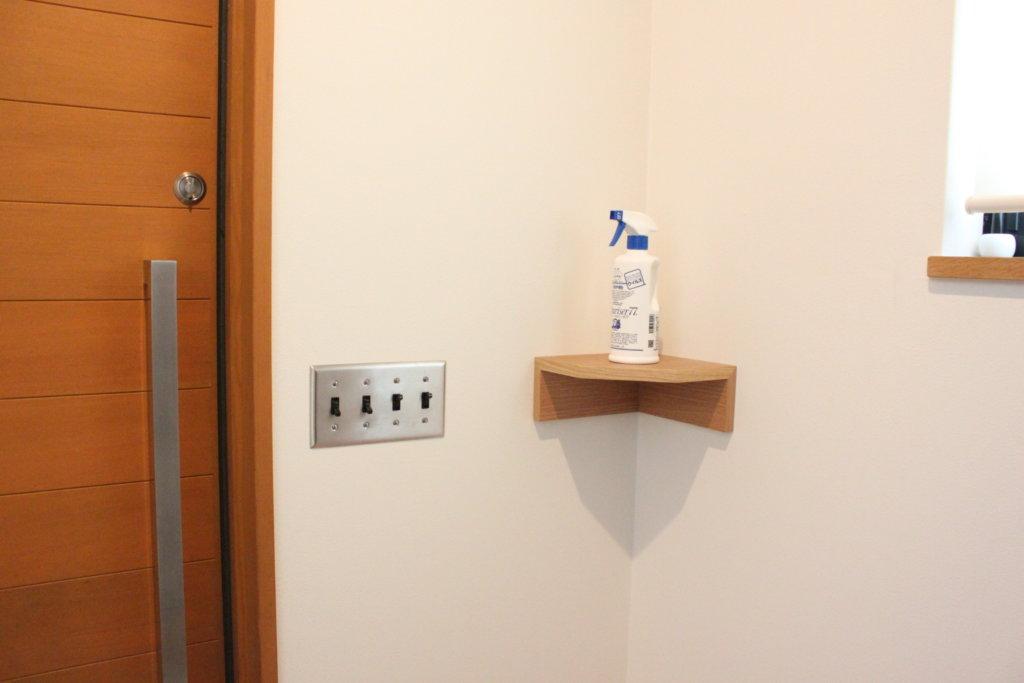 無印良品の【壁に付けられる家具・コーナー棚】で新型コロナウイルス除菌対策コーナーを設置!
