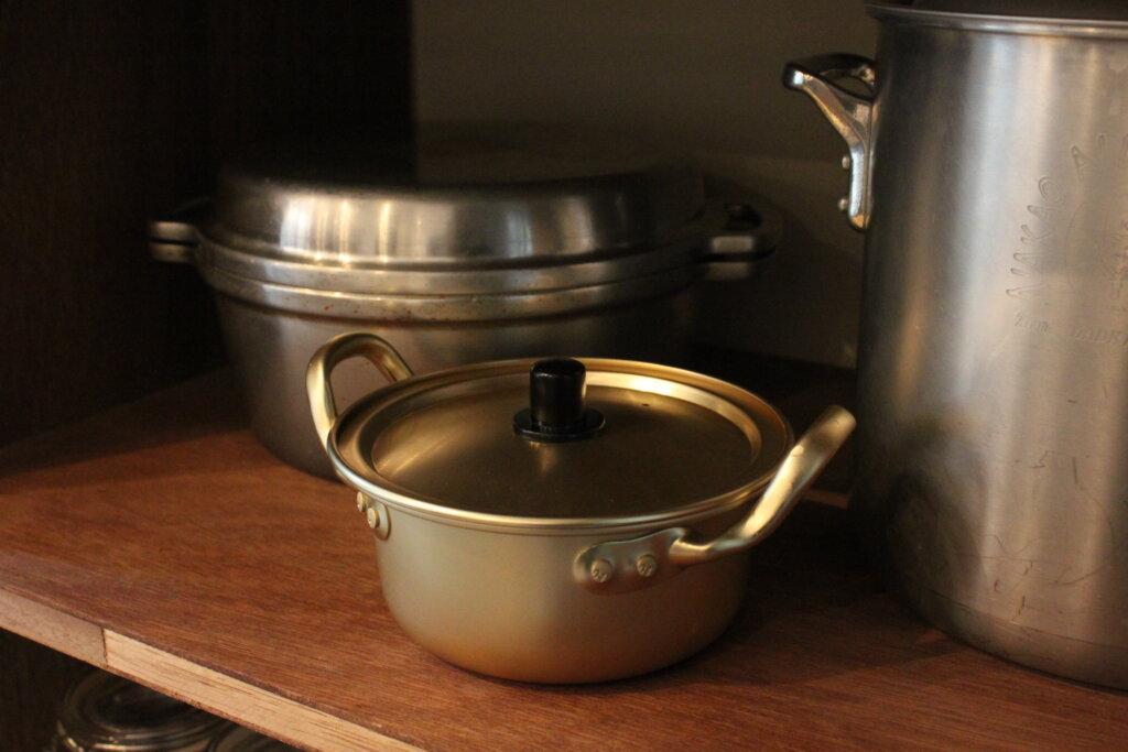 【ダイソー】ドラマで観た韓国鍋で辛ラーメン♡アルミ・アルマイト鍋はキャンプ・アウトドアにおすすめ【使用実例】