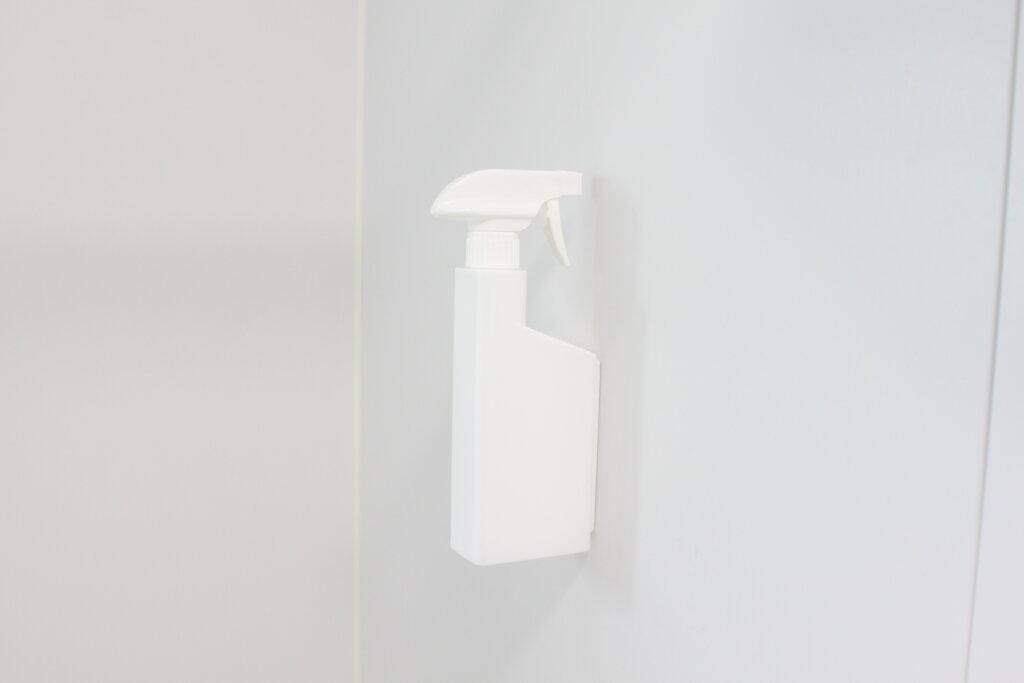【tower】こんなの欲しかった!マグネットスプレーボトルならフック不要♡浴室やキッチンにおすすめ【山崎実業】